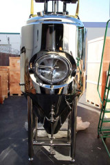 5 BBL Stainless Steel Glycol Jacketed Conical Fermentor